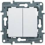 Выключатель/переключатель на два направления двухклавишный, 10A Legrand Etika (Белый)