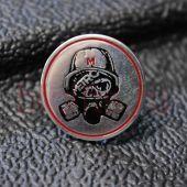 Значок серебряный МЕТРО 2033
