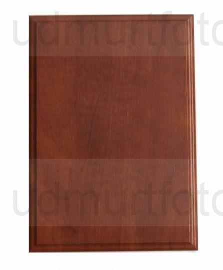 Деревянная плакетка для металлической пластины