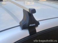 Багажник на крышу Hyundai Solaris sedan, Атлант, прямоугольные дуги, опора Е