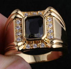 Позолоченный мужской перстень с искусственными ониксом и бриллиантами (арт. 260104)