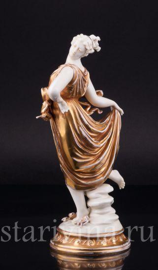 Антикварная старинная фарфоровая статуэтка Танцующая муза производства Volkstedt, Германия, нач.20 в.