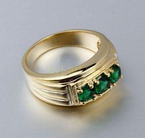 Позолоченное кольцо с искусственными изумрудами (арт. 261112)