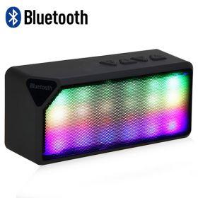 Беспроводная аккумуляторная Bluetooth колонка со светомузыкой