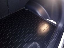 Коврик (поддон) в багажник, Aileron, черный с бортиками
