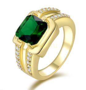 Позолоченное кольцо-печатка с искусственным изумрудом и бриллиантами (арт. 900512)