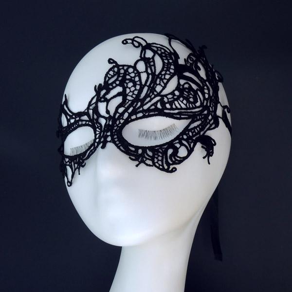 Карнавальная ажурная маска