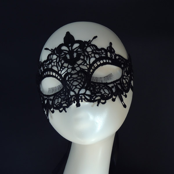 "Ажурная маска ""Интрига"""