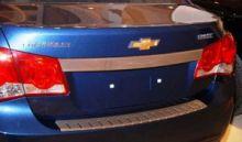 Накладка на задний бампер, Alufrost, с загибом, нерж. сталь, cедан 2008-2012