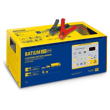 BATIUM 25-24 6/12/24 В Мощное, универсальное автоматическое зарядное устройство, управляемое микропроцессором, заряжает по двум кривым: WUoU - батареи запуска (легковые и грузовые автомобили) от 35 до 350 А/час, WUIo - тяговые батареи (электропогрузчики,
