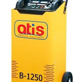 Автоматическое пуско-зарядное устройство. Максимальный стартовый ток: 1200А. Эффективный ток зарядки: 11-50A. Зарядка  аккумуляторов емкостью: 35-800 а/ч.  Позиции зарядки - 6 шт.: 8/15/20/26/33/42A.  Напряжение зарядки: 12/24V/220V. Потребляемая мощность