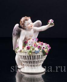 Ангелочек с корзиной цветов, Meissen, Германия, нач.20 в., артикул 02840