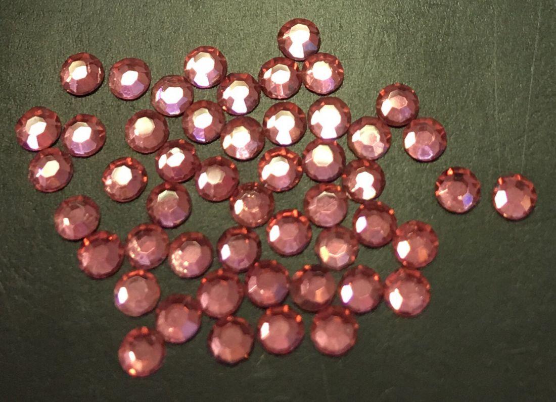 Стразы SS8/2,42мм стекло плоские (розовые 15) уп/50шт