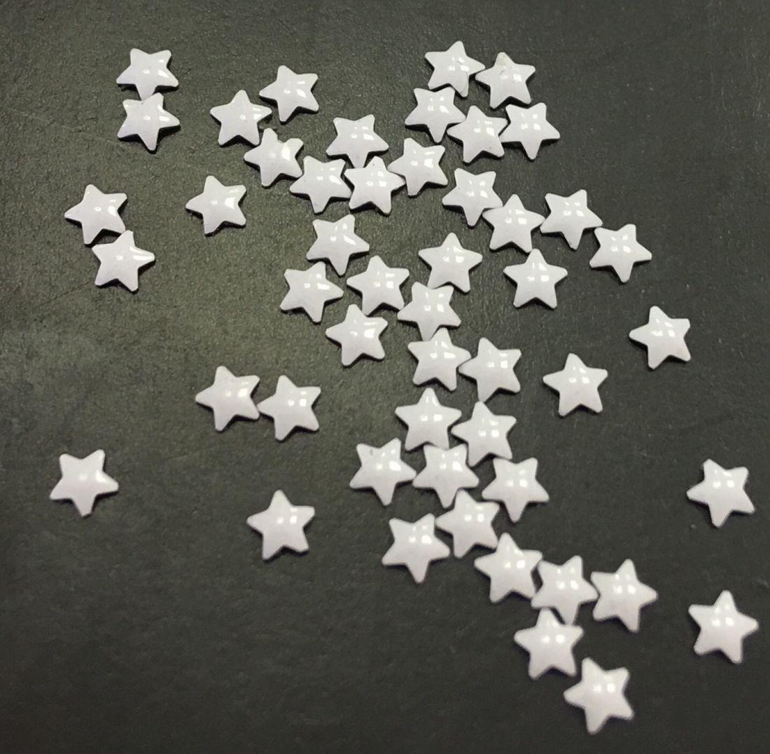 Звезда металлическая уп/50шт (белый)