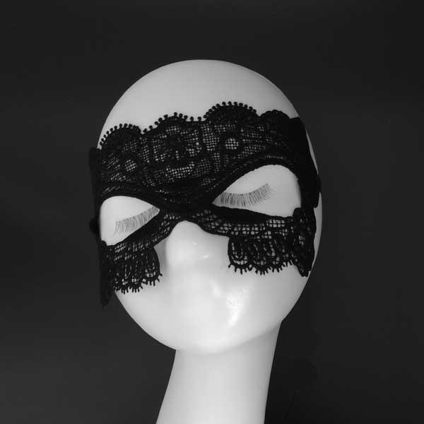 Ажурная сексуальная маска для девушки