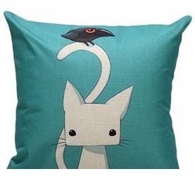 Дизайнерская подушка Кот и Ворона
