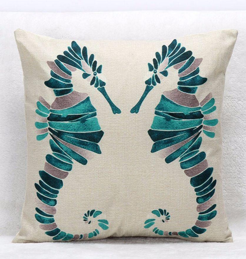 Декоративная подушка морского конька