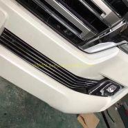 Решетка в передний бампер (Тип 3) для Toyota Land Cruiser 200 2015 -