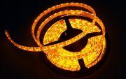 Светодиодная лента на светодиодах SMD5050Y желтая 60LED на метр в силиконе