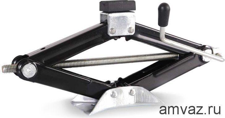 Домкрат ромбический RНOMBUS-911 /1450 кг/
