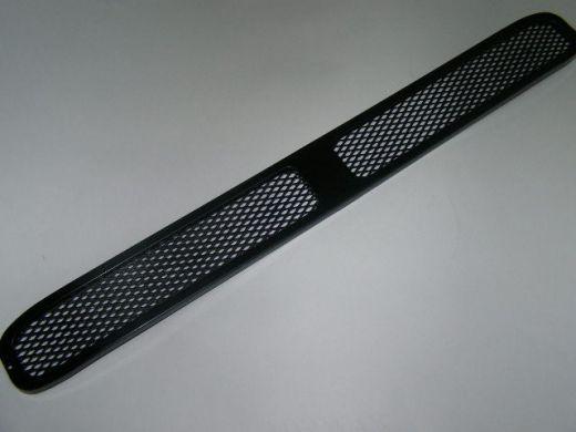 Решетка на бампер ВАЗ 2110-12 /сетка-спорт/ /НЕКРАШ/
