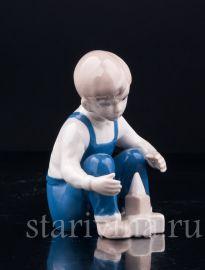 Мальчик с кубиками, Grafenthal, Германия, вт.  пол. 20 в