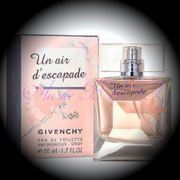 Givenchy Un Air d'Escapade 50 ml edt