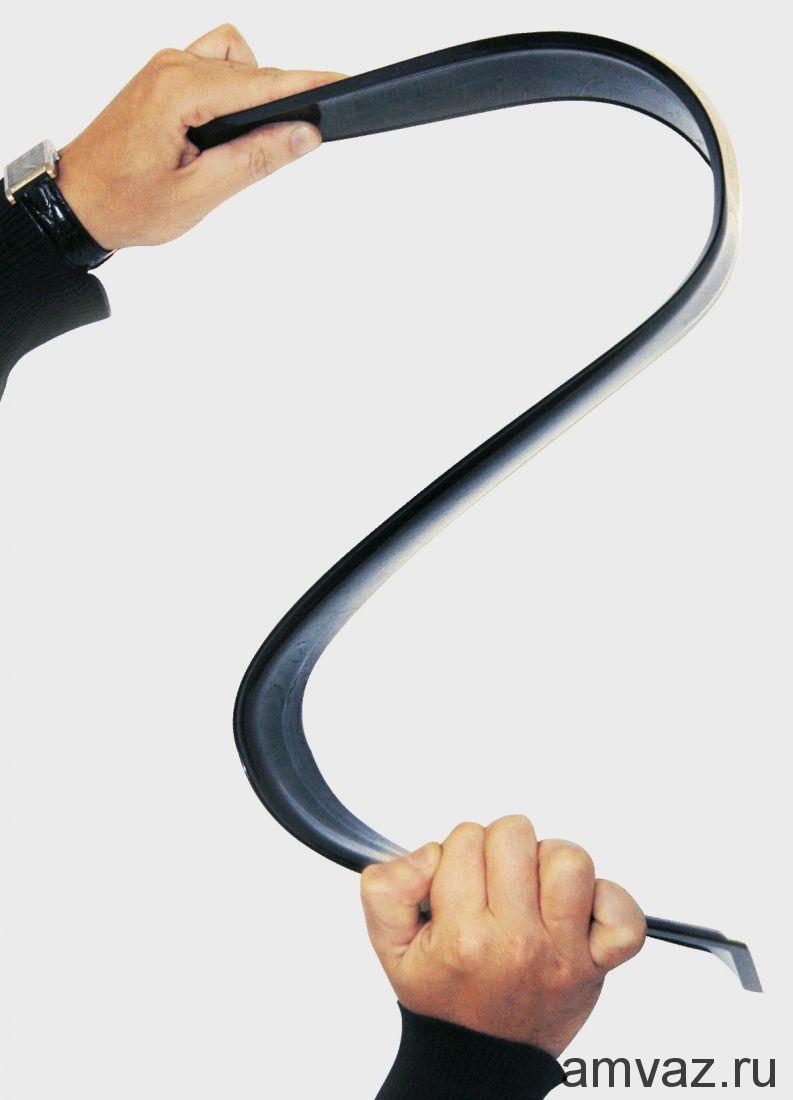 Дефлекторы неломающиеся на боковые стекла VORON GLASS серия Samurai PEUGEOT 308 2008-2011 /накладные/ скотч /к-т 4 шт./