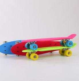 H.07.85.9 Скейтборд пластиковый. Колеса: гелевые,подшипник.