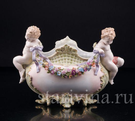 Изображение Ваза, путти с гирляндой цветов, Muller & Co, Volkstedt, Германия, кон. 19 в., нач 20 в