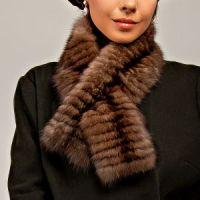 Меховой шарф из темного соболя