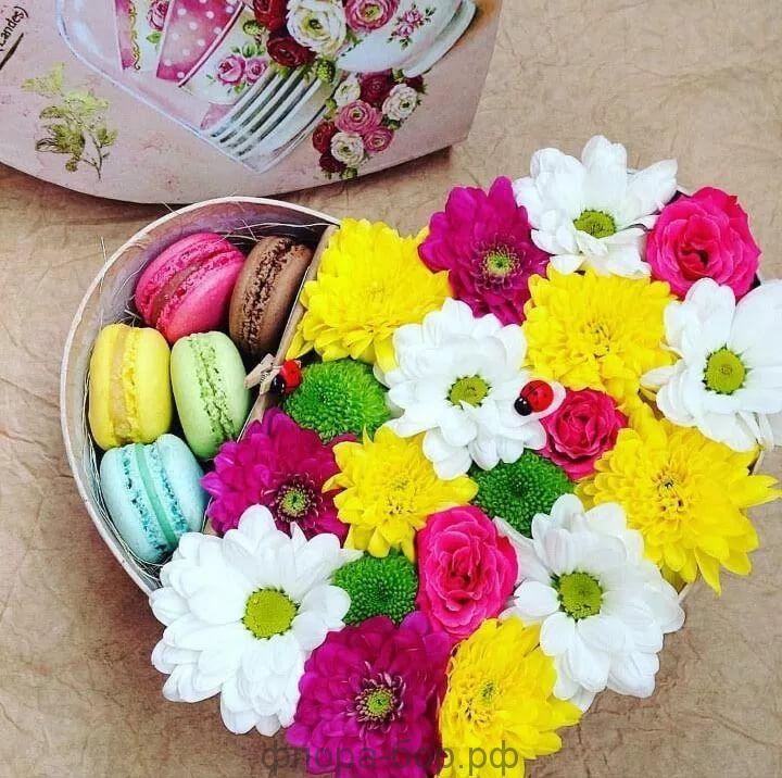 """Цветы в коробке """"Сердечно"""""""