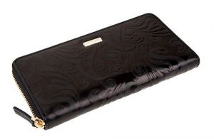 Чёрный кошелёк на молнии