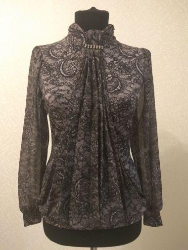 Трикотажная блузка с шифоновым рукавом
