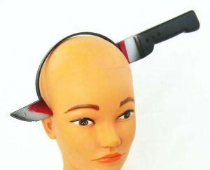 Нож сквозь голову