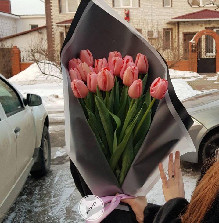 19 длинных тюльпан 70 см