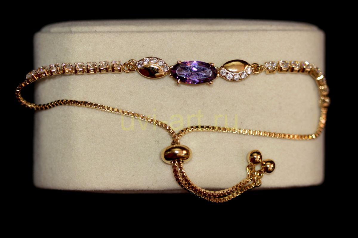 """Позолоченный браслет """"Модерн"""" с искусственными аметистом и бриллиантами (арт. 305126)"""