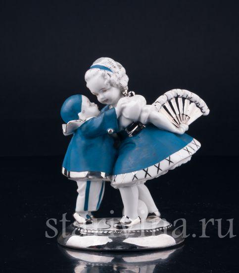 Изображение Маленький пьеро и девочка с веером, Hertwig & Co, Katzhutte, Германия, 1920-30 гг
