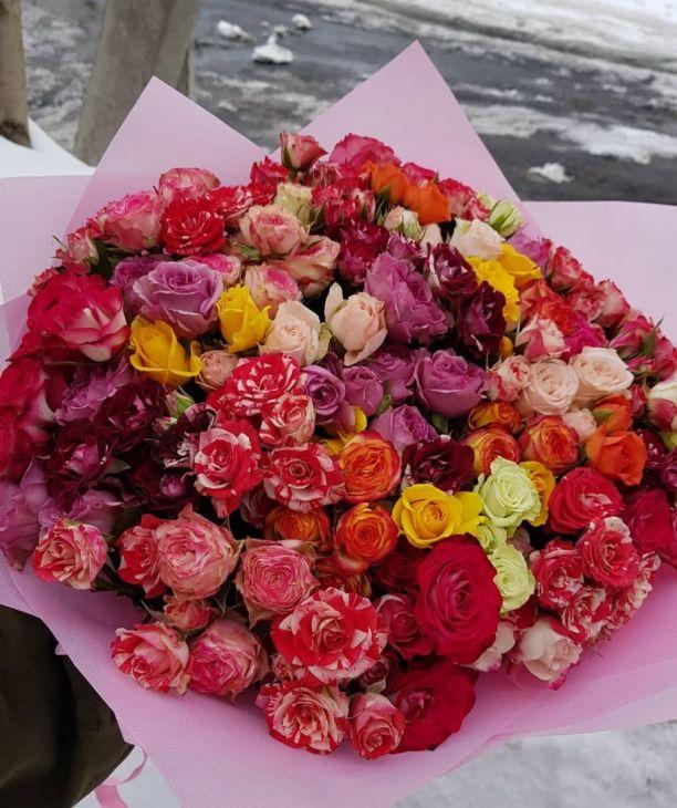 51 роза кустовая микс