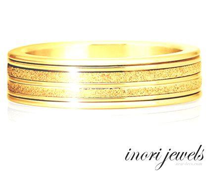 Позолоченное кольцо Inori с бриллиантовой крошкой