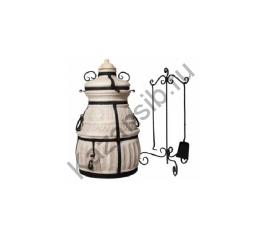 Керамический тандыр от известного производителя Амфора. В комплект поставки входит: 12 кованных  шампуров, приспособление для подвешивания шампуров, кочерга, совок, колосник, стойка для аксессуаров.