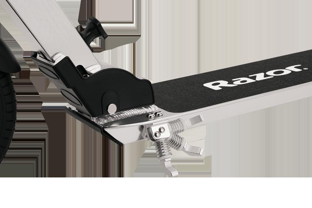 Самокат с надувными колёсами Razor A5 Air серебристый купить в москве