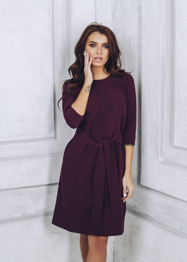 1037. Платье