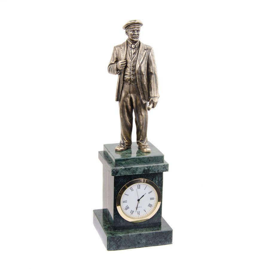 Часы со статуэткой В.И. Ленина на постаменте