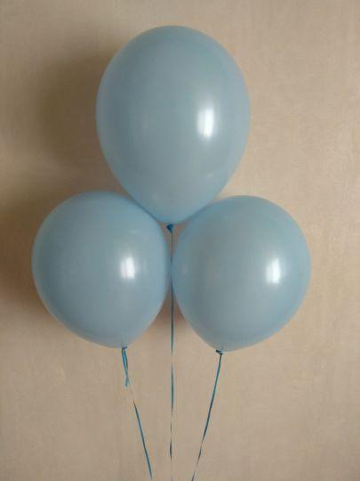 Голубой шар с гелием