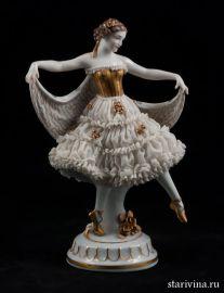 Танцовщица в кружевном платье, E & A Muller, Германия, АртДеко, 1920 гг