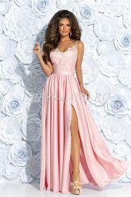 Розовое платье в пол с разрезом