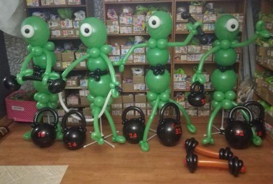 Инопланетянчики со спортивными снарядами