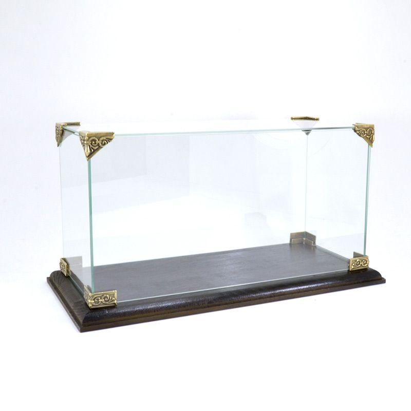 Стеклянная коробка