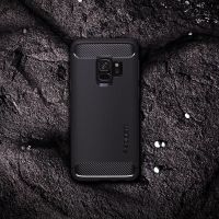 Чехол Spigen Rugged Armor для Samsung S9 черный
